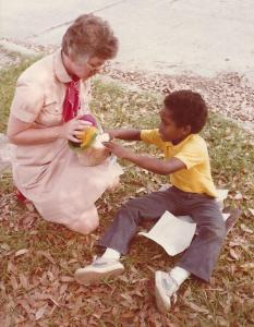 Eleanor Harwood sharing Gospel with child, Mobile, AL