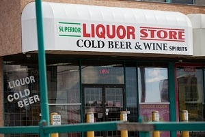 xx-17-edm-liquorstorecsteeves.jpg.size.xxlarge.promo
