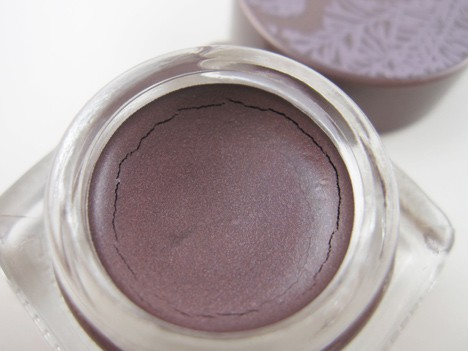 tarte0412F No matter the forecast, these tarte cream shadows stay put!