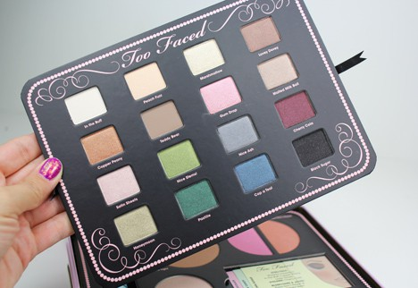 TooFacedSweet3 Too Faced Sweet Indulgence Palette   review, swatches and looks