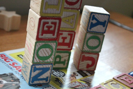 Blocks3 How To: Wood Block Holiday Decorations