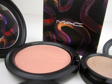 MACsnake2 MAC Year of the Snake Eye Shadows and Beauty Powder   review, photos & swatches