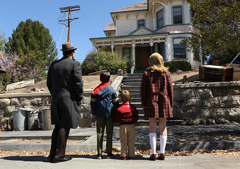 Mad-Men-closing-kids