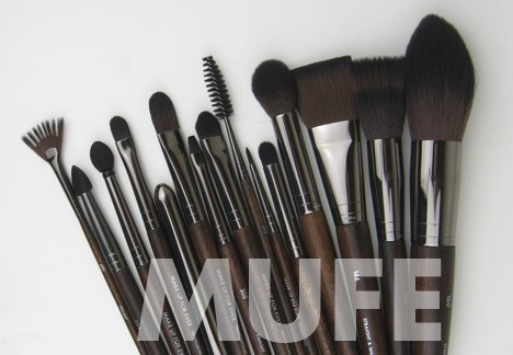 MUFE-brushes