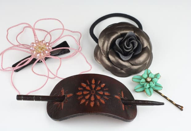Summer-Purse-essential hair accessories