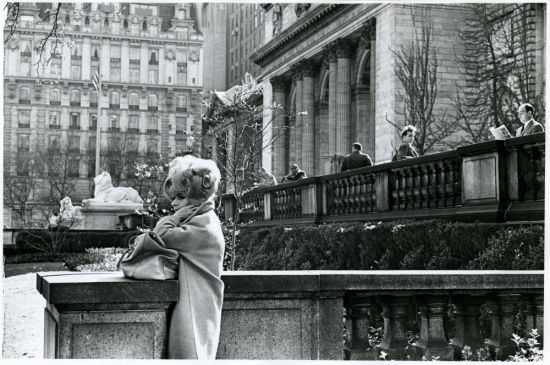1960s fashion photo N.Y. Library 5 ave.