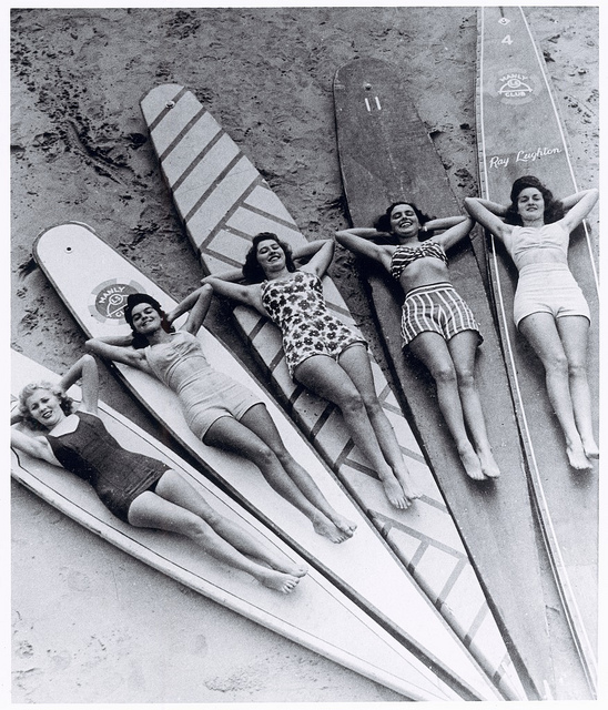 1940s swimwear surf girls