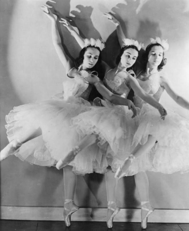 Ballet dancers 1940s