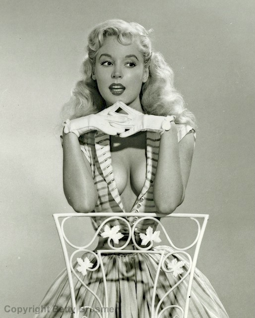 1950s pinup Betty Brosmer tiny waist