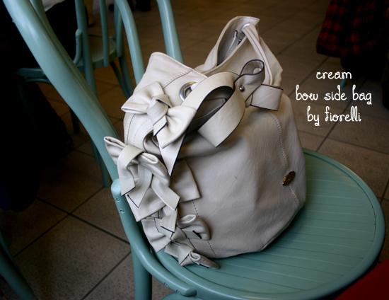 fiorelli bow bag cream