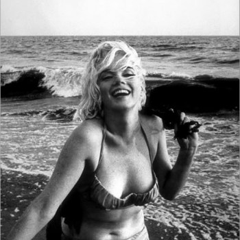 So What Size WAS Marilyn Monroe…? Marilyn's (& Other Movie Stars) Measurements