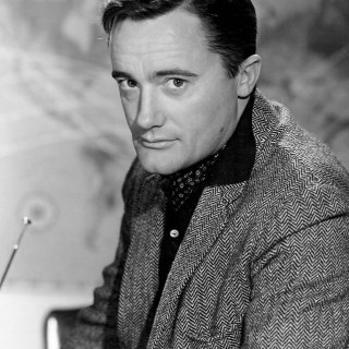 Robert Vaughn as Napoleon Solo in tweed