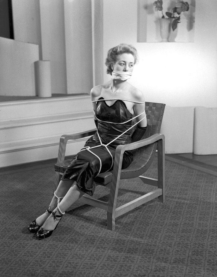 vintage fashion meets bondage in the 1940s – we heart vintage blog