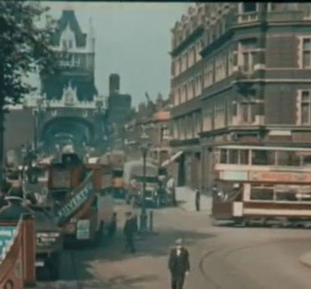 Colour video of London in the 1920s