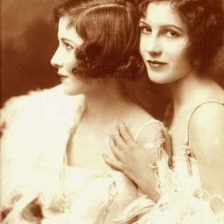 Ziegfeld Girls: the Fairbank Twins