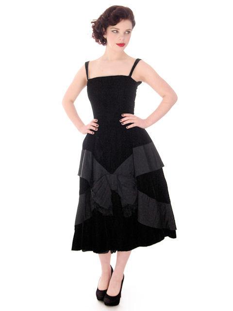 Vintage Black Velvet Gown Suzy Perette Exceptional New Look Late 1940s