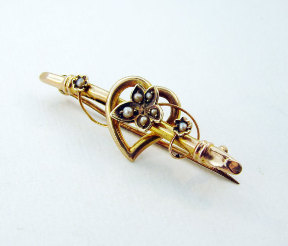 9ct English Seed Pearl Brooch