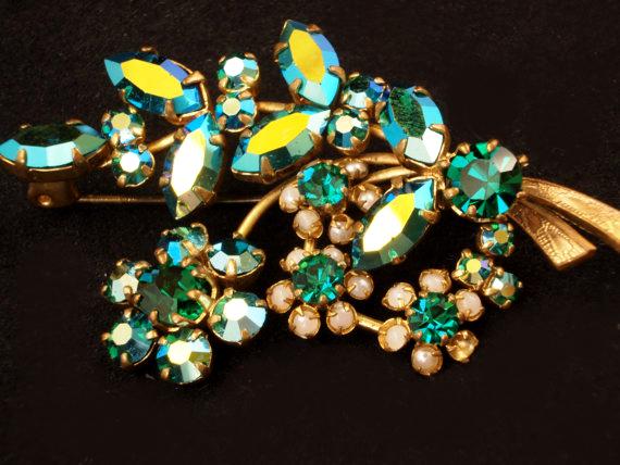 Vintage Floral Rhinestone pin, Aurora Borealis Pin