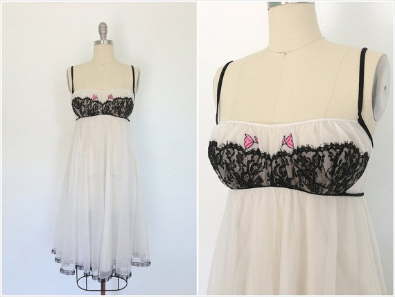 Vintage 1960s Nightgown