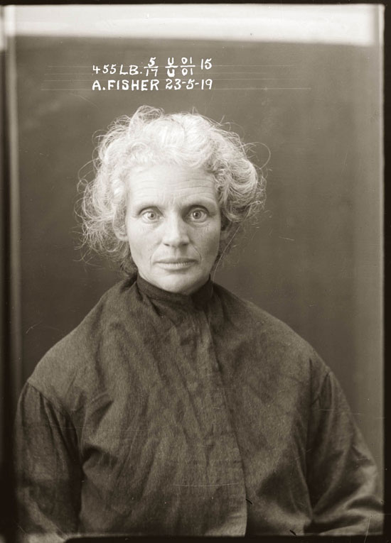 22 Portraits of Female Criminals from the 1920s