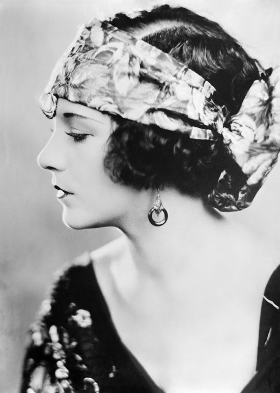 15 Beautiful But Forgotten Silent Movie Stars