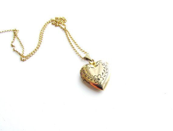 Vintage Sweetheart Locket c.1940s