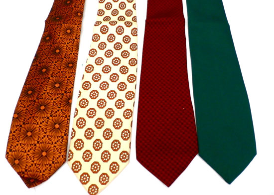 4 VINTAGE MENS NECKTIES LOT 1960S