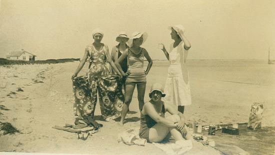 Stylish 1930s swimwear