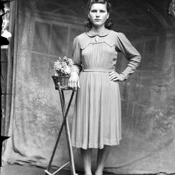 Moving 1940s Photo Portraits by Costică Acsinte