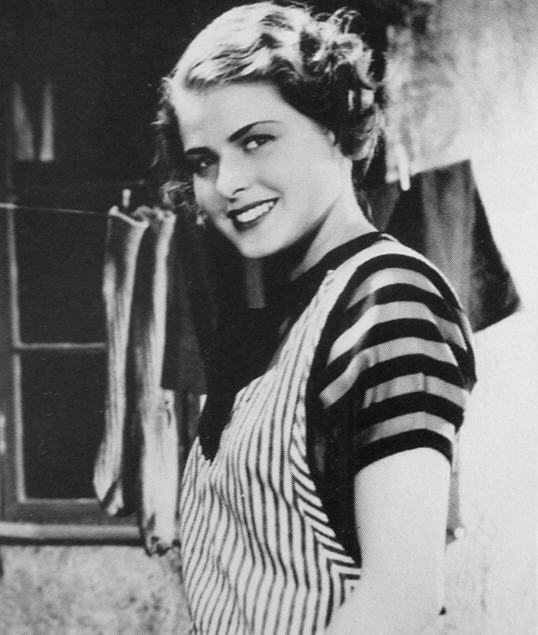 Young Ingrid Bergman before she was famous