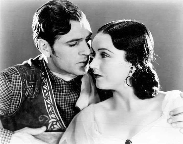 Gary_Cooper_and_Fay_Wray_in_The_Texan_1930