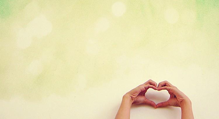 Nehmen füllt die Hände. Geben füllt das Herz. - Margarete Seemann