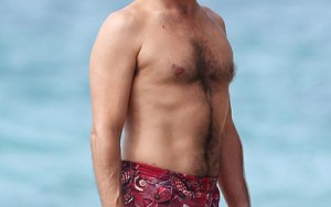 An image search in google for dad bod came back with many Don Draper results.