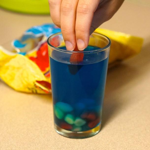 How-to-make-mini-jello-aquarium