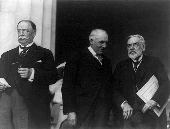 Chief Justice Taft, President Harding, and Lincoln at the dedication of the Lincoln Memorial in 1922