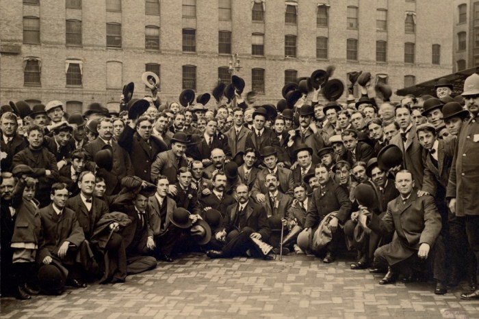 Boston Royal Rooters return to Boston, 1903 World Series
