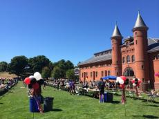 Liveblog: Student Activities Fair 2014