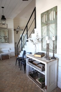 Fixer Upper Style Entry