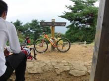 われらがWFR ★ 早稲田大学山岳サイクリング部動画日記-日の出頂上01