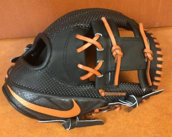 Texas Longhorns Nike MVP Select I-Web Glove 2014