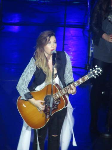 Demi showcases her musical talents at KOKO