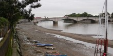Family Archaeology Walk on the foreshore at Putney