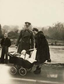 Soldiers' families during the Second World War