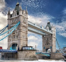 Family Learning Activity at Tower Bridge in December