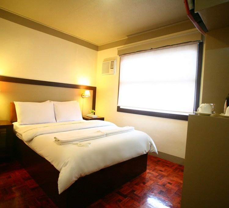 Baguio Holiday Villas 01