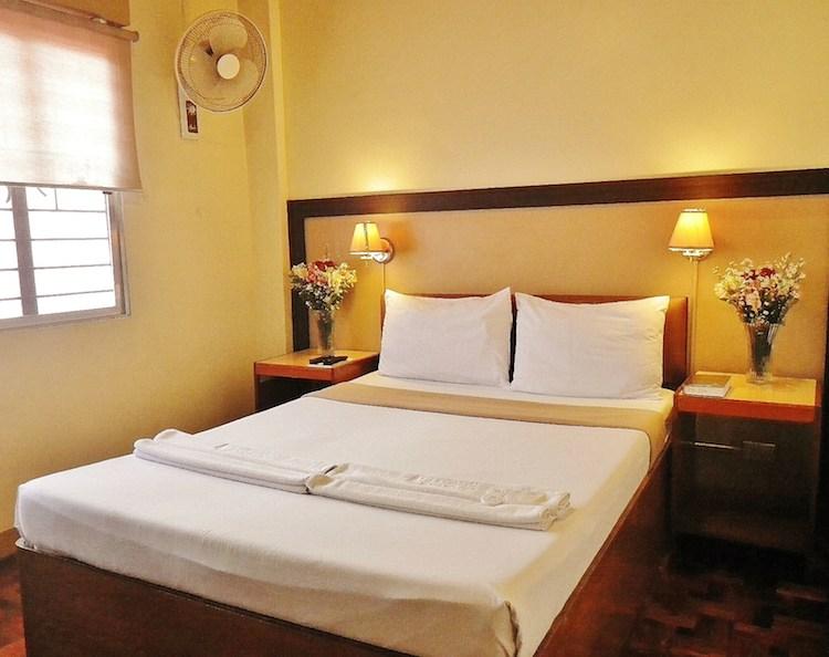Baguio Holiday Villas 05