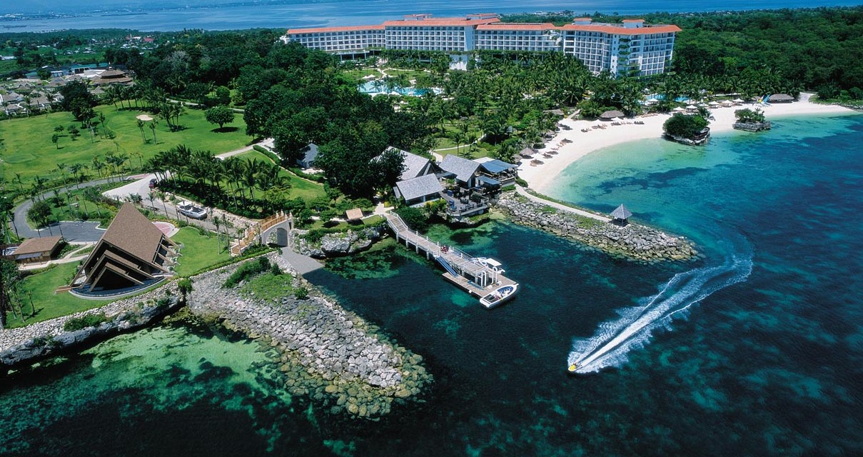 Shangri-La's Mactan Resort & Spa / Mactan, Cebu