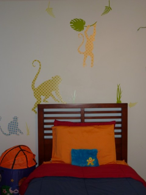boys room makeover, monkey wall decals