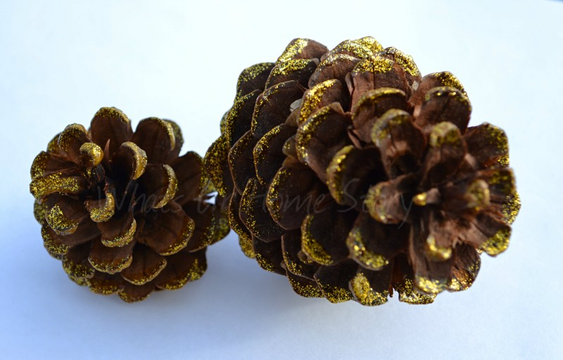 Whats Ur Home Story: Pine Cone Ornament, DIY Christmas tree ornaments