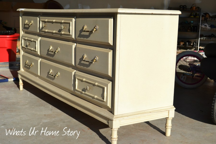 Whats Ur Home Story: Dresser Makeover with Annie Sloan Chalk paint